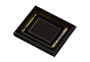 12.4 Megapixel back-illuminated CMOS sensor delivers high-quality images